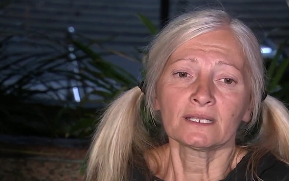 Бездомная эмигрантка изРоссии пела оперные партии вметро Лос-Анджелеса. Видео сней выложили всеть — итеперь ей предлагают контракт