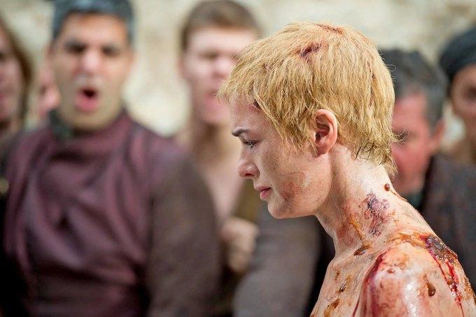 За какие преступления Его Воробейшество вынуждает Серсею пройти церемонию искупления?