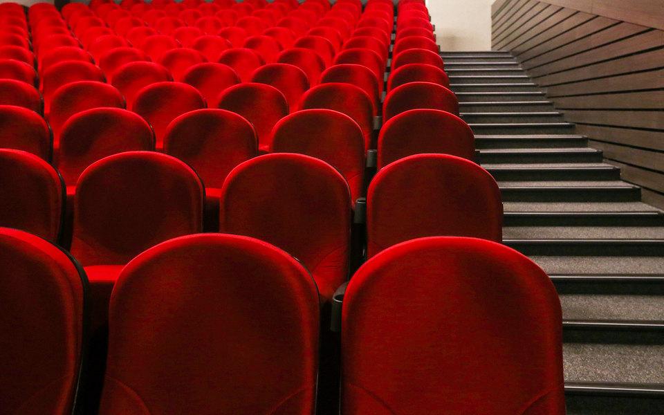 Больше трети российских фильмов неокупили впрокате выделенные наних государственные деньги