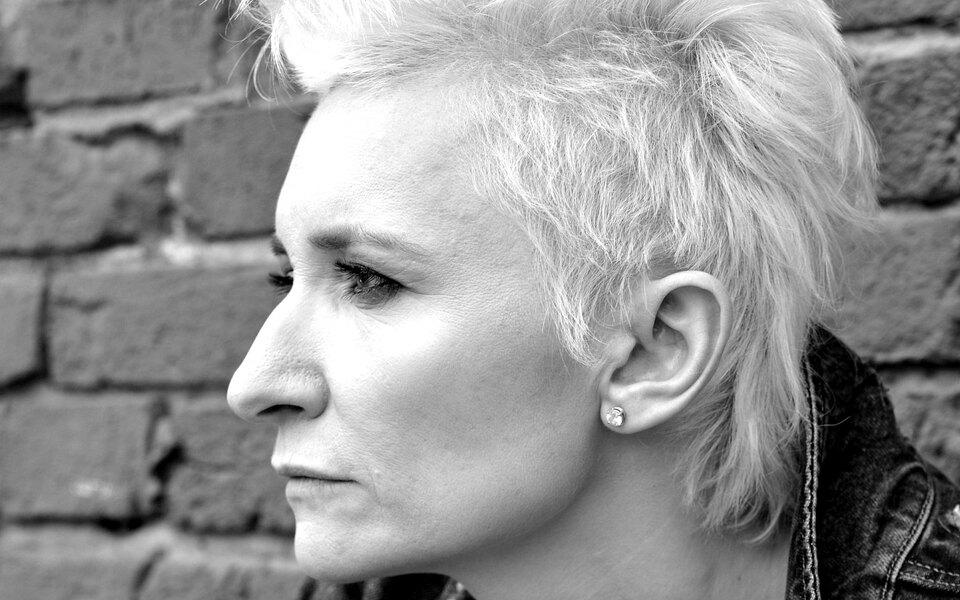 Диана Арбенина представит свой проект «Я говорю. Чтения» насцене «Гоголь-центра»
