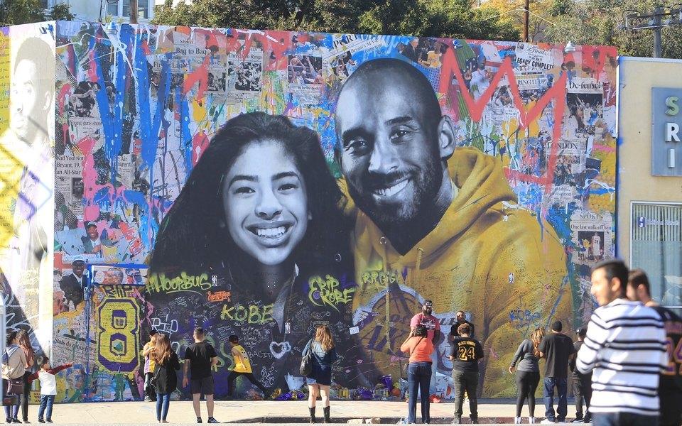 В Лос-Анджелесе прошла церемония прощания сКоби Брайантом иего дочерью