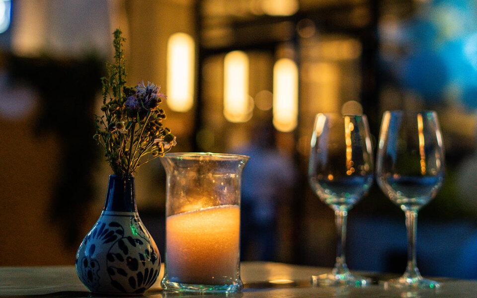 Ужин присвечах: кафе Capito наодин вечер полностью отключит электричество, но продолжит обслуживать гостей