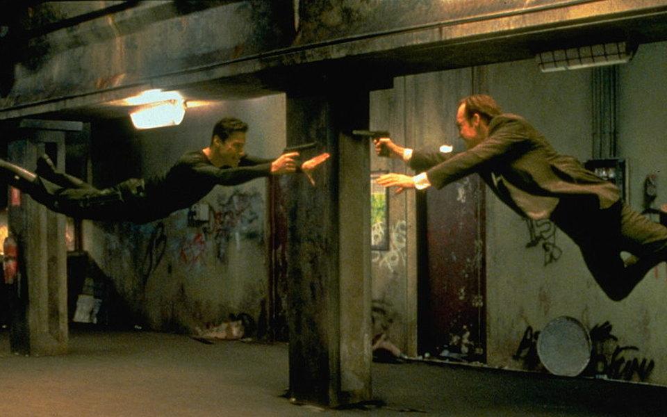 Нео возвращается! Warner Bros. объявила осъемках четвертой «Матрицы» сКиану Ривзом