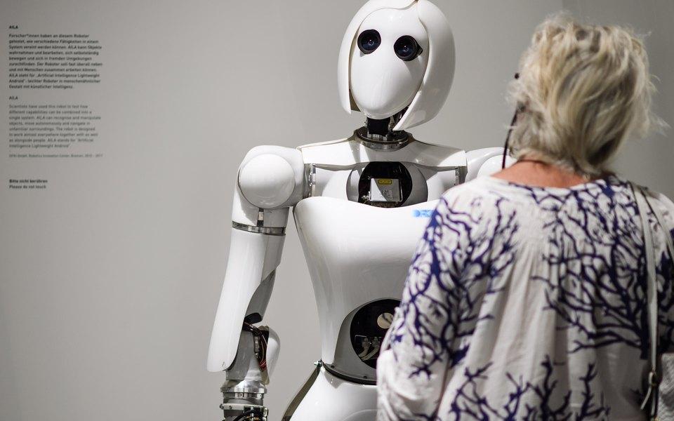 «Известия»: к2030 году почти половина россиян могут оказаться безработы из-за роботов