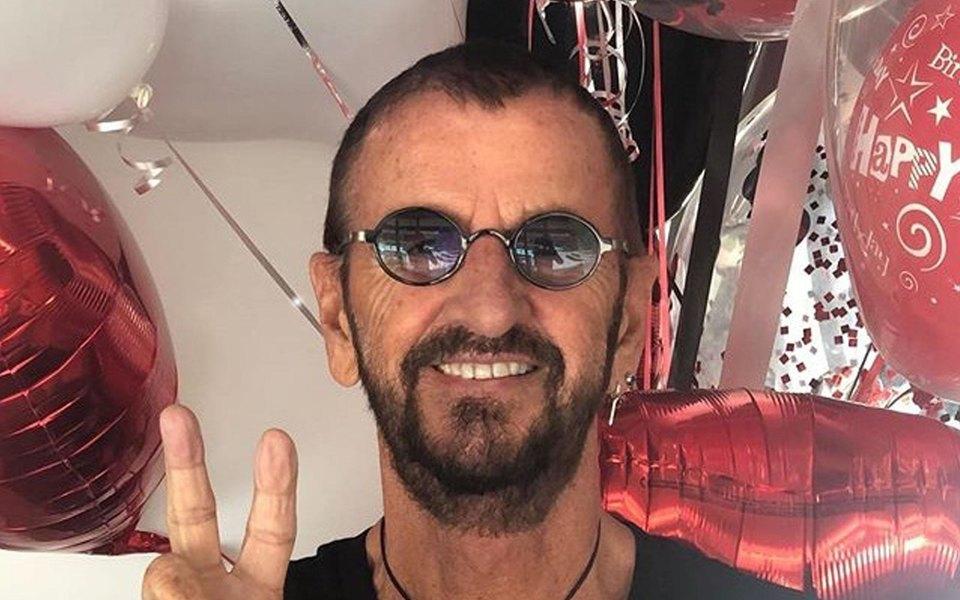 Ринго Старр изThe Beatles отозвал иск против создателей секс-игрушек Ring O