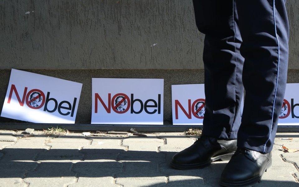 Нобелевский комитет по литературе покинули сразу два внешних эксперта