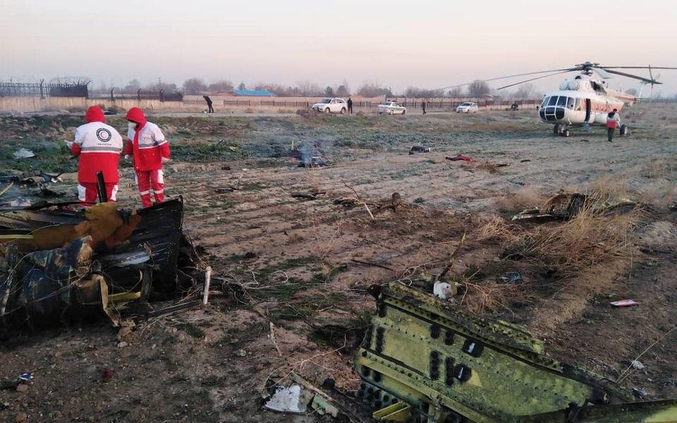 В Иране разбился украинский самолет. Наборту находились более 170 человек, все погибли