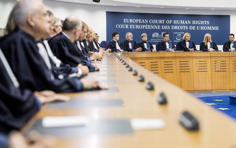 ЕСПЧ обязал Россию легализовать однополые союзы