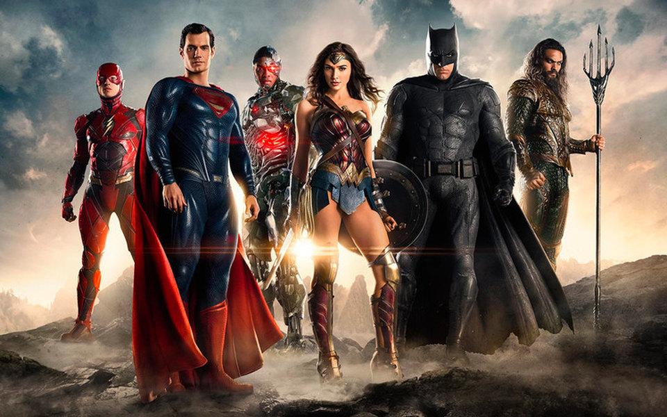 Warner Bros решили пока не выпускать групповые фильмы о