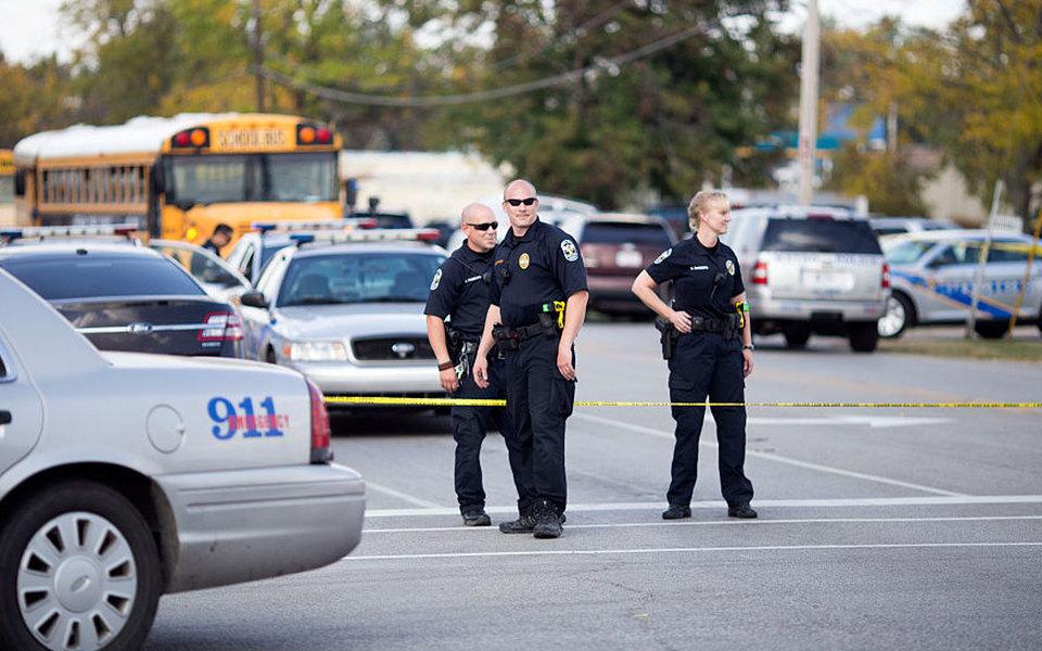 В Кентукки произошла стрельба вшколе. Один человек погиб