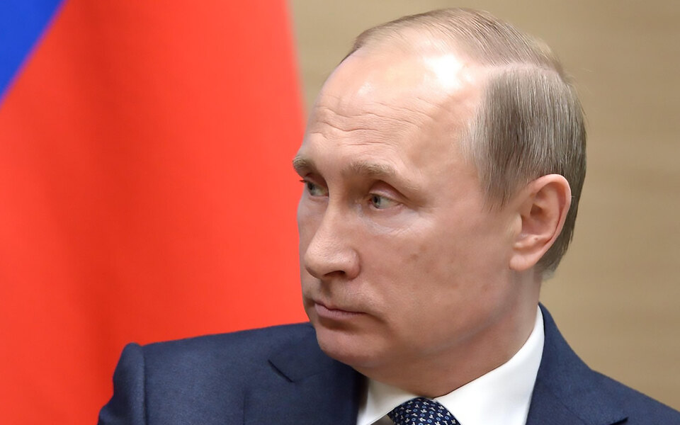 Путин подписал закон о повышении возраста приобретения охотничьего оружия до 21 года