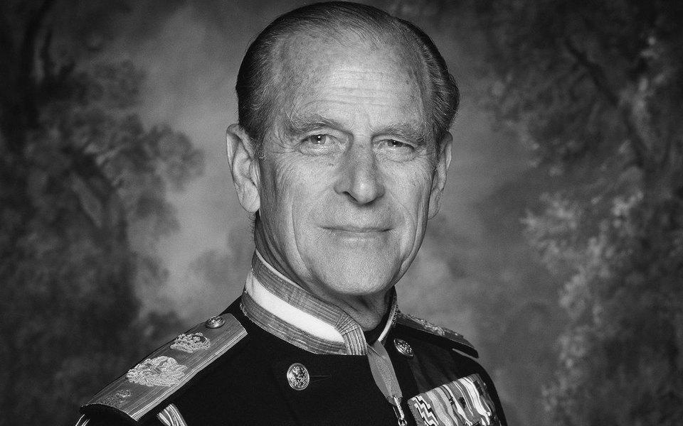Умер муж королевы Елизаветы II герцог Эдинбургский Филипп