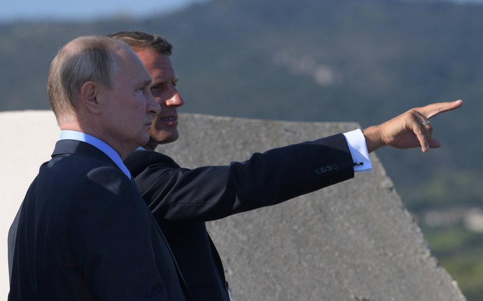 «Россия — глубоко европейская страна»: Макрон написал пост нарусском языке после встречи сПутиным