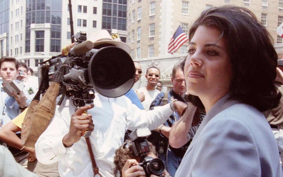 Моника Левински хочет присоединиться к#MeToo. Она переосмыслила отношения сБиллом Клинтоном