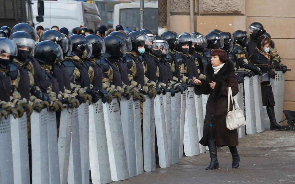 Глухонемого петербуржца оштрафовали за«скандирование лозунгов» намитинге. Песков посоветовал оспорить решение суда