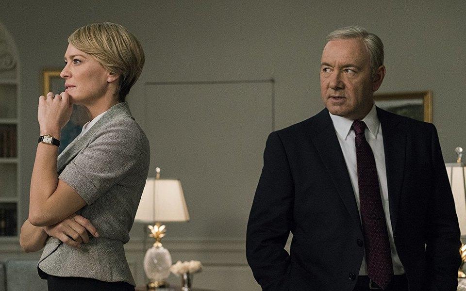 Netflix возобновит съемки «Карточного домика» в2018 году