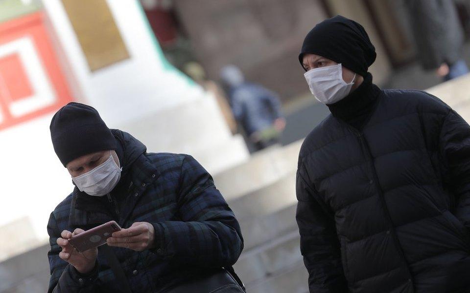 В Москве ввели обязательный домашний режим для пожилых. Они получат разовую выплату в размере 4 тысяч рублей