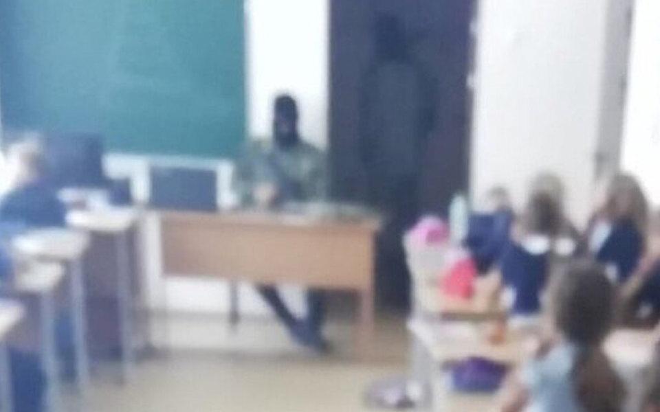 Тюменская прокуратура нашла нарушение прав детей винсценировке захвата заложников нашкольном уроке