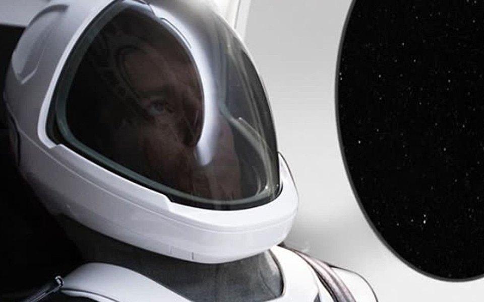 Илон Маск показал скафандры дляастронавтов SpaceX