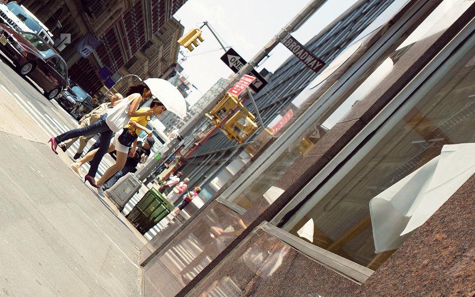 Все наулицу: переписка писателя (и пешехода) Уилла Селфа списателем (и пешеходом) Джеффом Николсоном — опрогулках иих значении