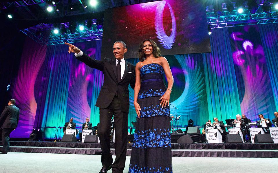 Барак иМишель Обама подписали долгосрочный контракт сNetflix