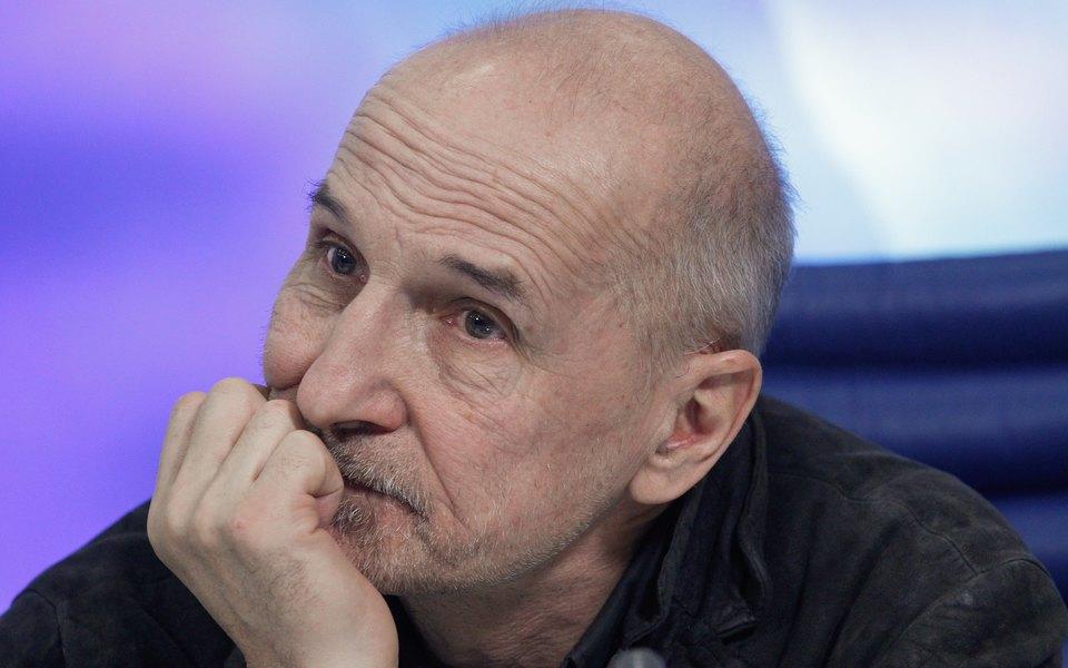 Петра Мамонова подключили к аппарату ИВЛ