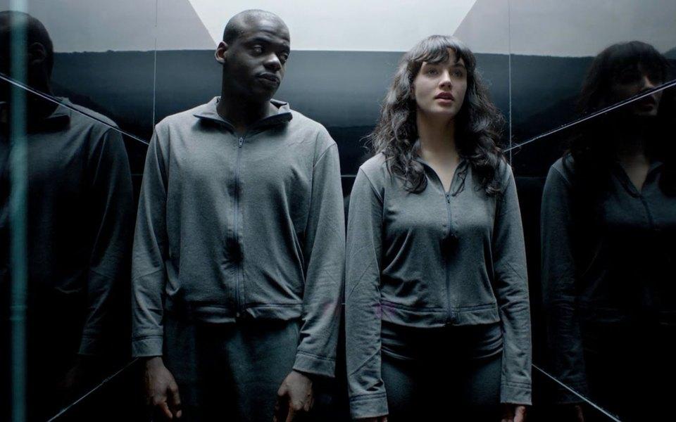 12 моментов «Черного зеркала», доказывающих, что сериал разворачивается водной вселенной