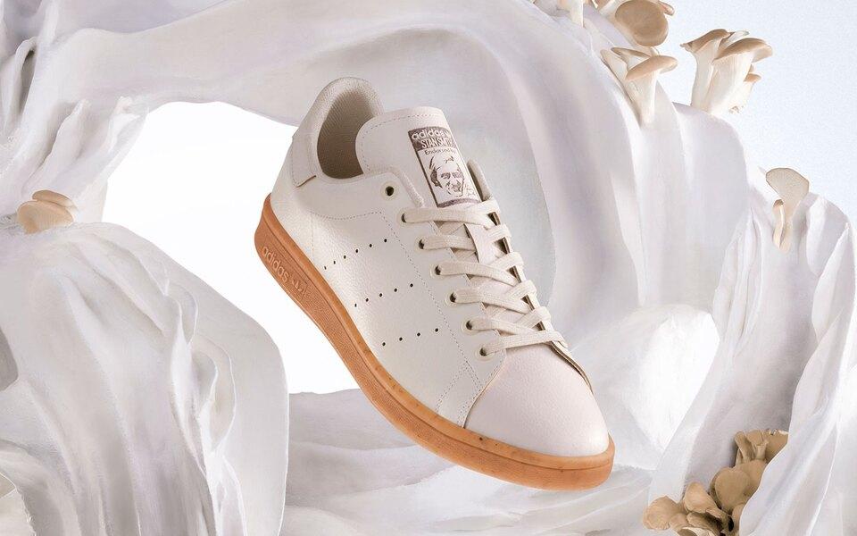 adidas Originals выпустили кроссовки Stan Smith изэкокожи наоснове грибов