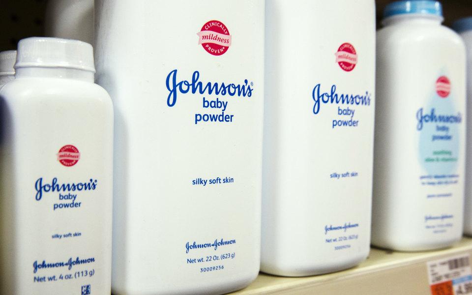 Компанию Johnson & Johnson обязали выплатить $4,7 миллиарда женщинам, заболевшим раком