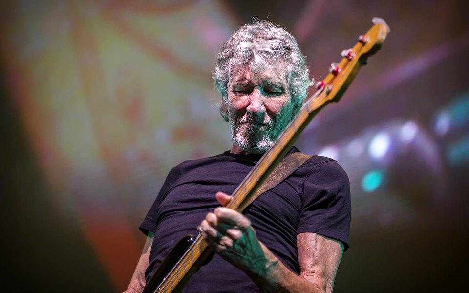 Основатель Pink Floyd послал кчерту Марка Цукерберга. Музыкант неразрешил основателю Facebook использовать песню его группы