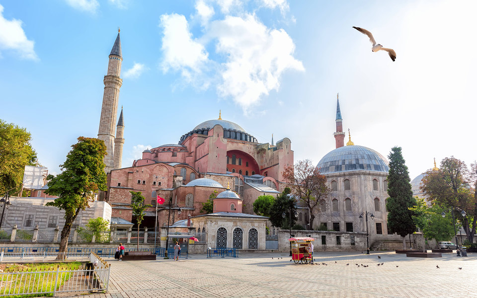 Собор Святой Софии в Стамбуле снова стал мечетью