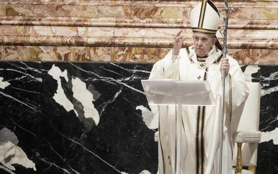 Папа римский учредил новый праздник — Международный день бабушек, дедушек ипожилых людей