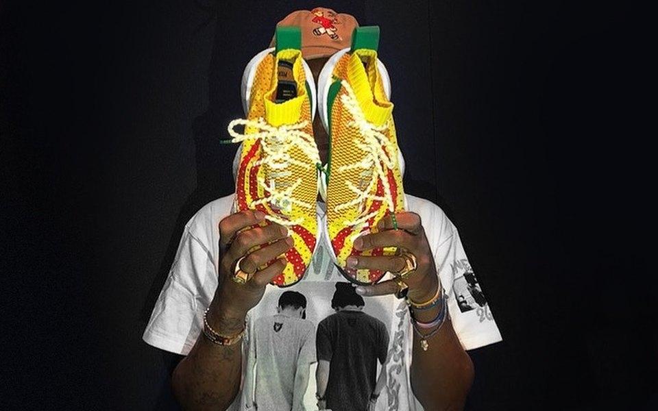 Фарелл показал свои новые кроссовки дляadidas