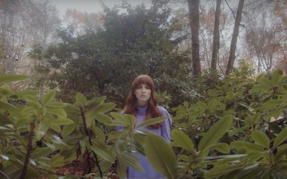 Грустный танец восеннем Берлине: Муся Тотибадзе выпустила клип натрек «Кто остановит этот дождь»
