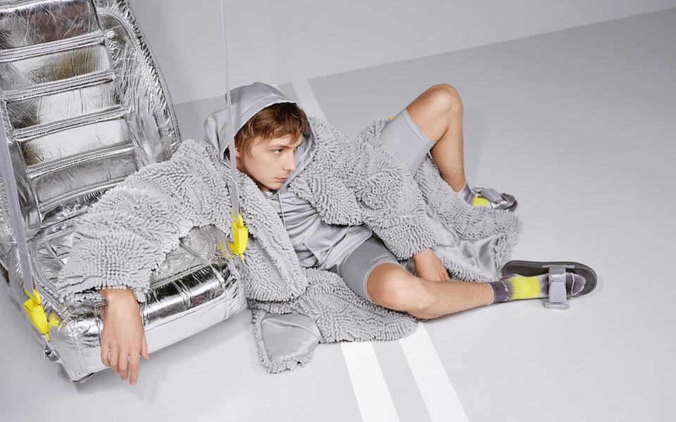 «Яндекс.Такси» иархитектор Гарри Нуриев выпустили коллекцию одежды