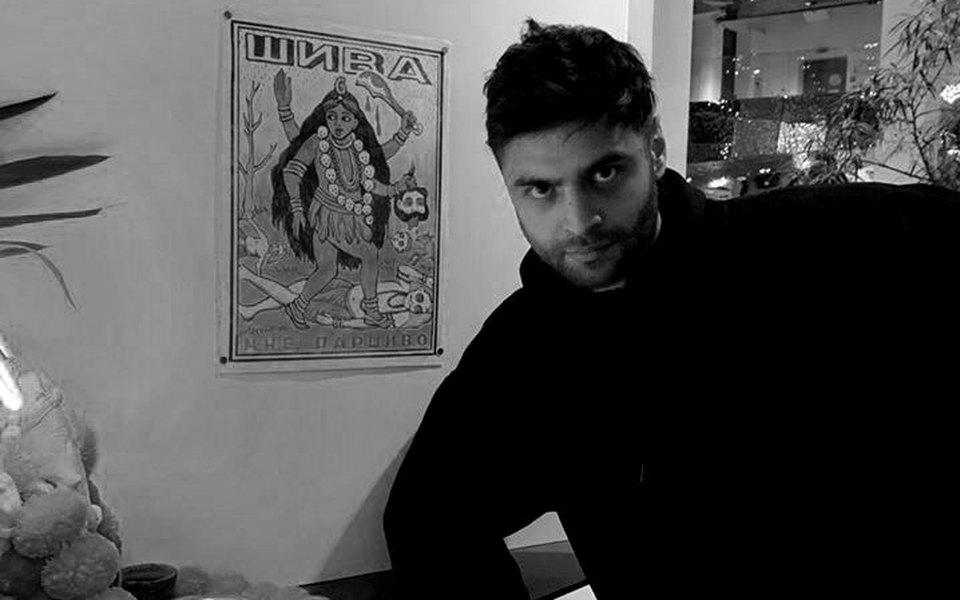 29-летний издатель «Тинькофф-журнала» Александр Рай иего супруга скончались притрагических обстоятельствах