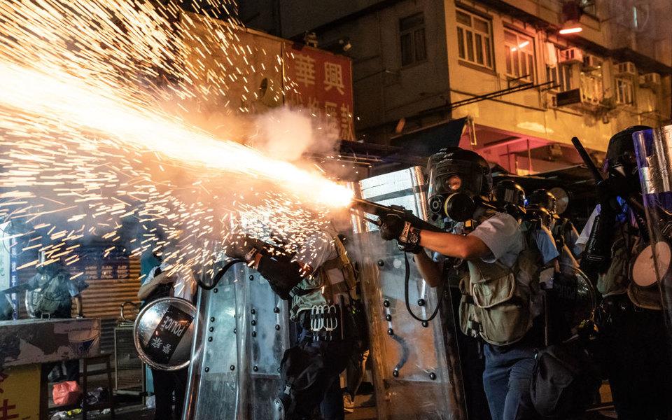 Плакаты вTinder, трансляции вTwitch, криптовалюта: вышло исследование одиджитализации протестов вГонконге