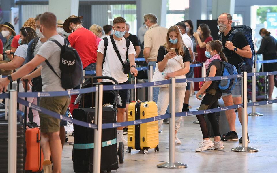 Россия может полностью открыть международное авиасообщение с11 августа