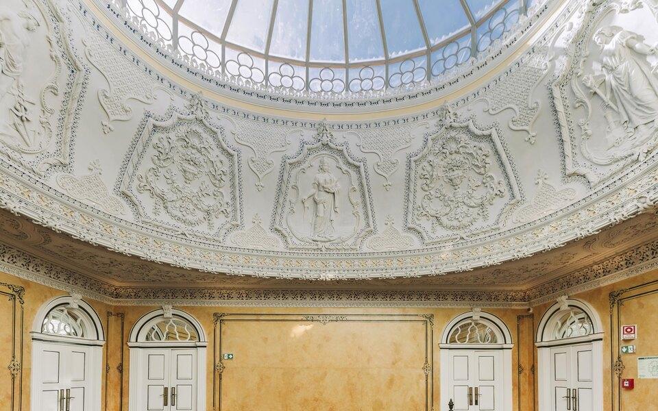Пожить во дворце: впортугальском городе Порту открылся новый пятизвездочный бутик-отель Torel Palace Porto