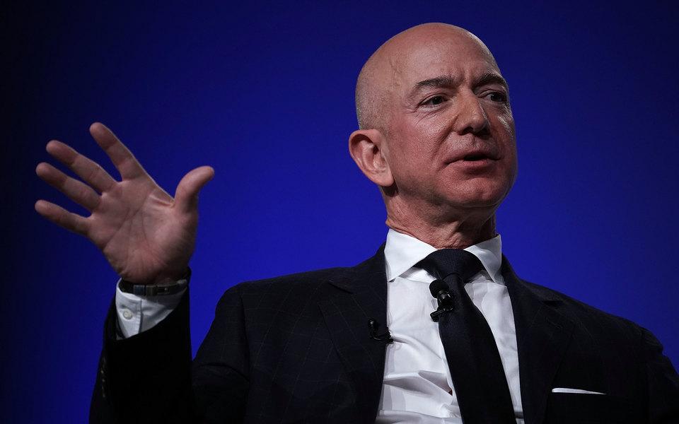 Американский таблоид заплатил $200 тысяч закомпромат наоснователя Amazon. Утечку устроил брат его любовницы