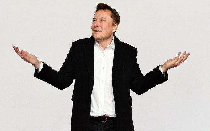 В этом году Илон Маск неоднократно переименовывал свой профиль втвиттере. Какое имя он неиспользовал?
