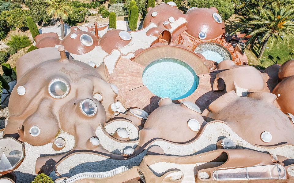 «Дворец пузырей» Пьера Кардена: посмотрите наодну изсамых дорогих вилл вЕвропе