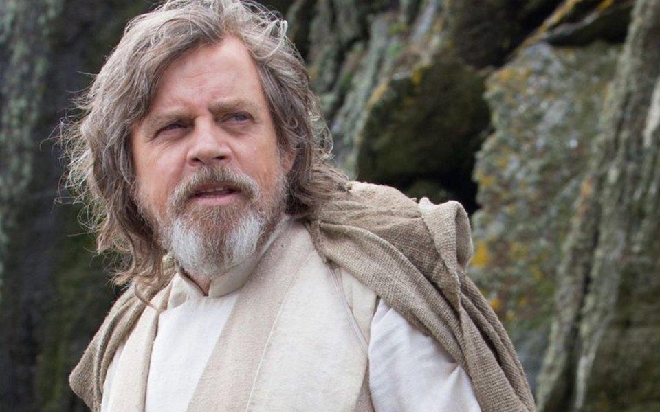 Марк Хэмилл извинился передрежиссером «Звездных войн» закритику Люка Скайуокера