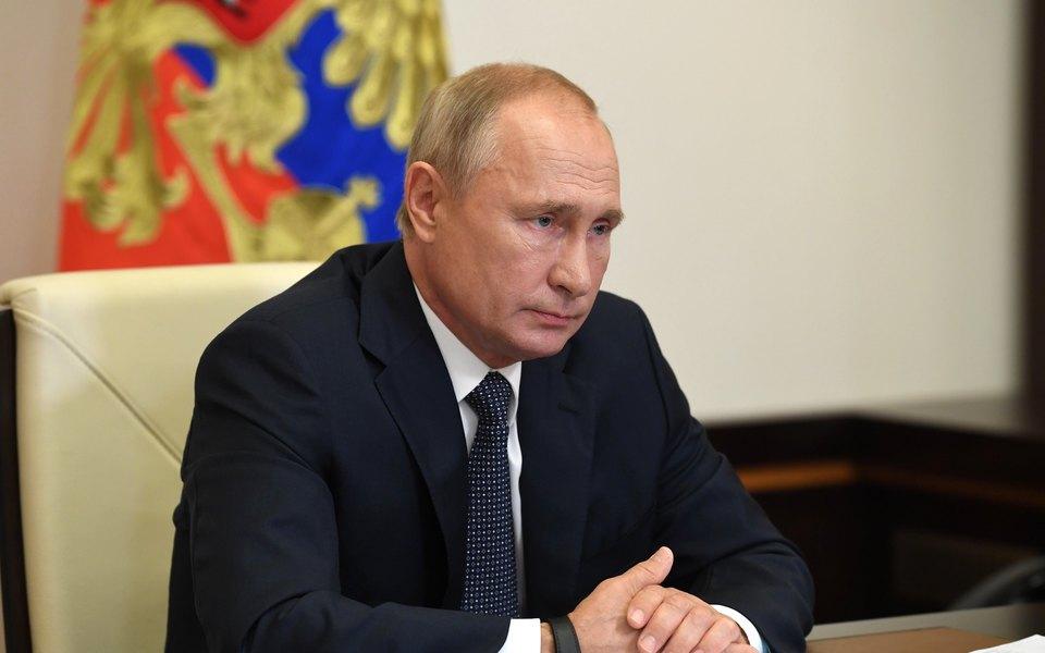 Путин сформировал резерв силовиков для помощи Беларуси при необходимости. Об этом его попросил Лукашенко