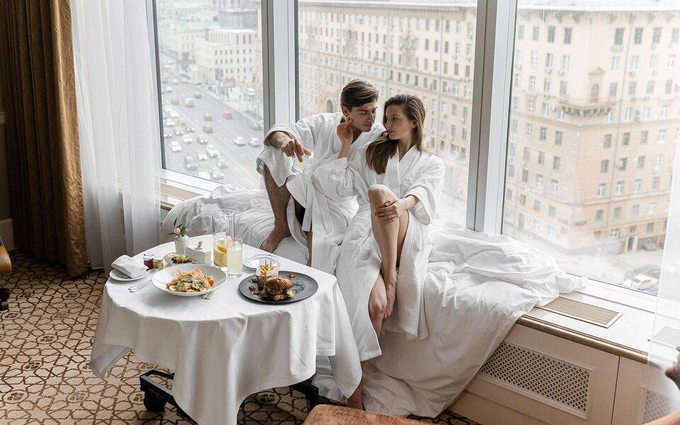 Спа, семейные выходные, pop-up-кинотеатр идругие майские сюрпризы «Лотте Отель Москва»