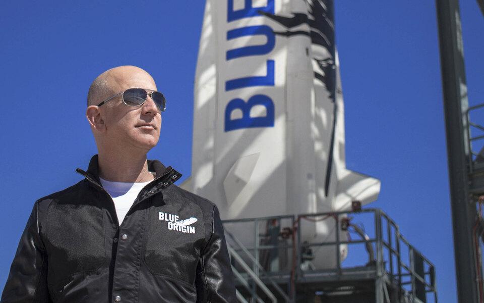 Как тебе такое, Илон Маск? Джефф Безос — самый богатый человек в космосе. Что его полет значит для развития комического туризма?