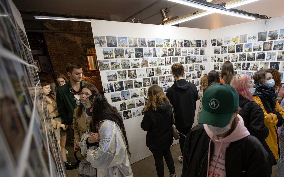 В «Гоголь-центре» открылась выставка фотографа Дмитрия Маркова «Россия вквадрате»