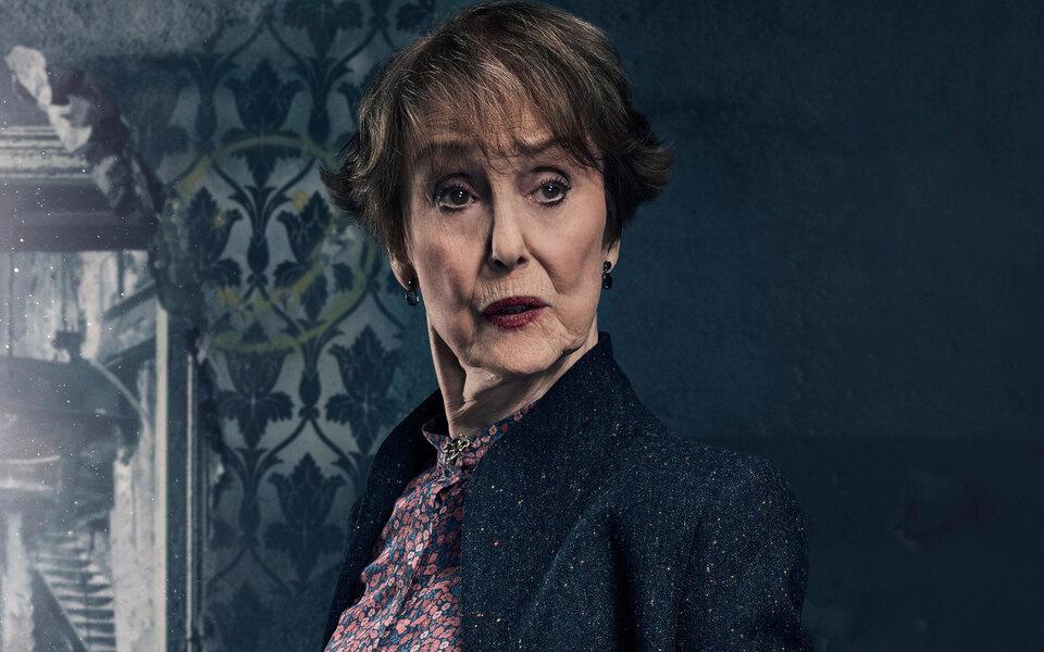 Умерла актриса Уна Стаббс, исполнившая роль миссис Хадсон в сериале «Шерлок»