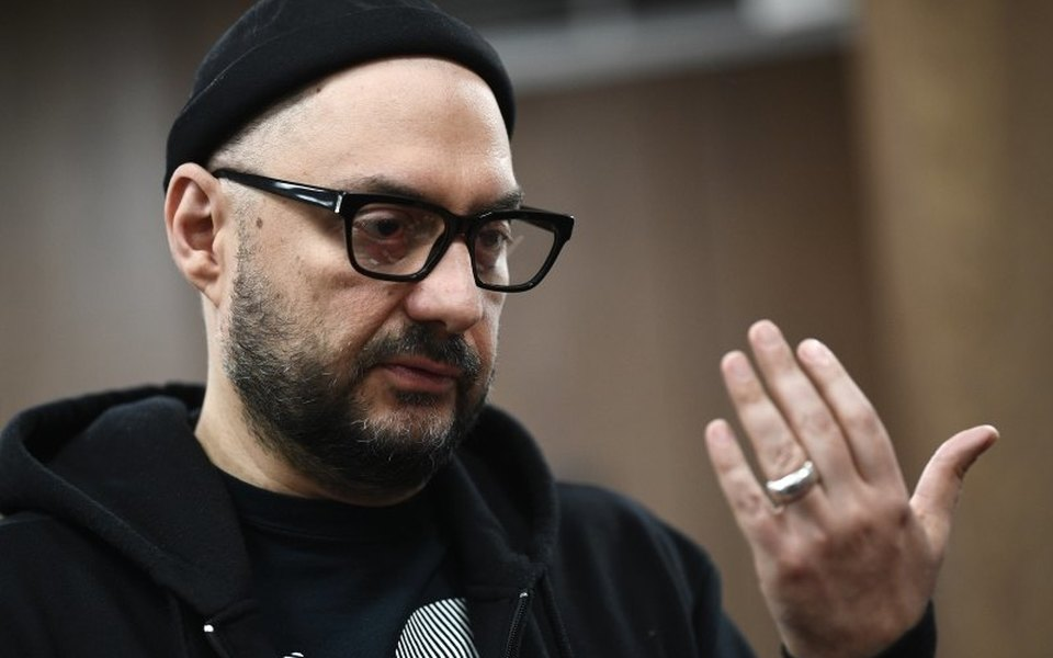 «Я ни очем нежалею. Сочувствую вам»: Кирилл Серебренников выступил напрениях поделу «Седьмой студии». Всвоей речи он зашифровал послание