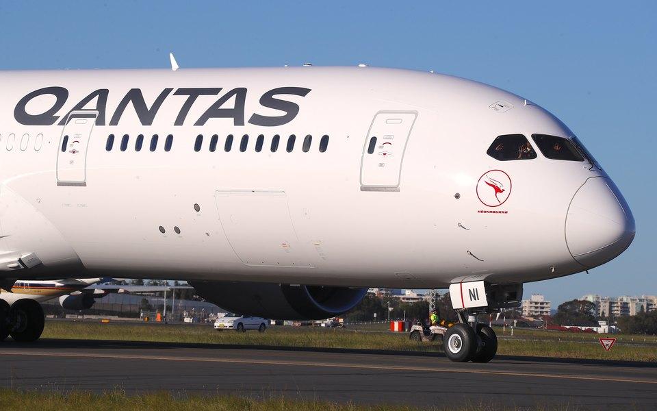 Австралийская авиакомпания Qantas совершила самый длительный вистории перелет безпересадок